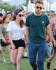 Kristen Stewart and Robert Pattinson's relationship 'hits another bump in the road'