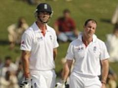 Kevin Pietersen ego was a challenge, says Andrew Strauss